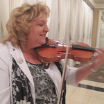 "Jennifer Silk, ""Chicago's Favorite Strolling Violinist"""